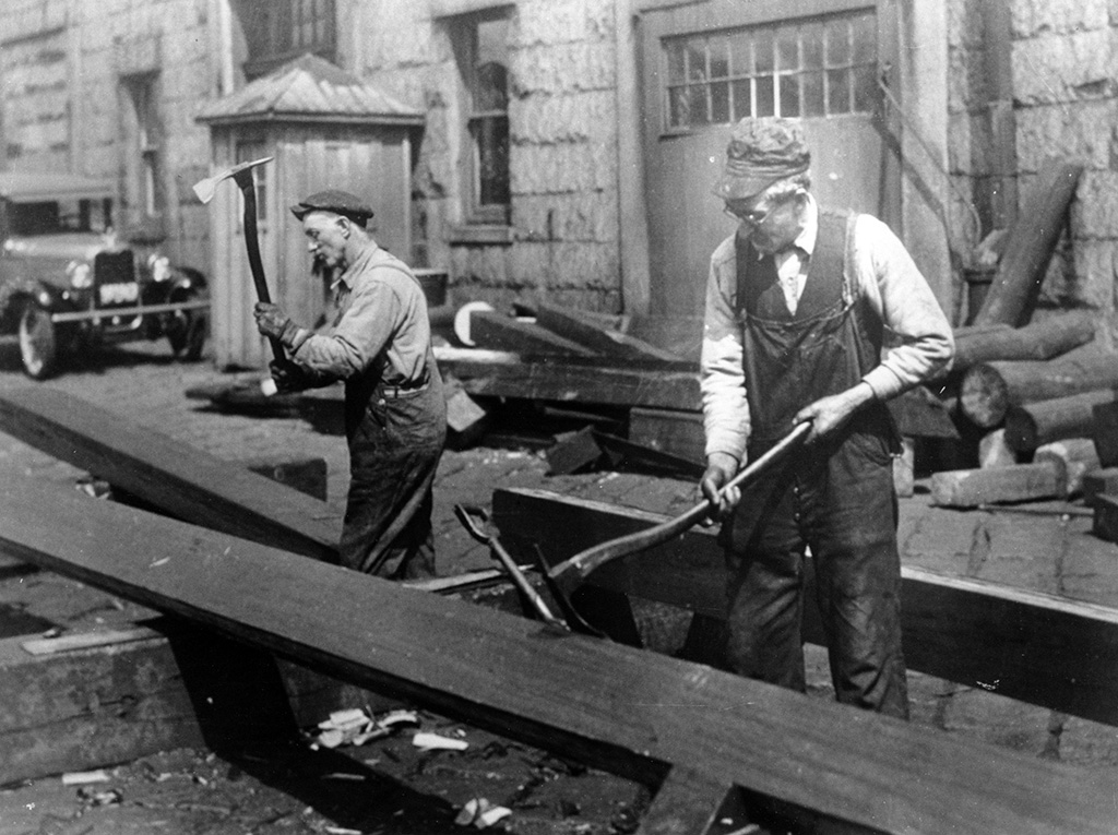 Carpenters work in the Charlestown Navy Yard during the 1927-1931 restoration. [Courtesy U.S. Navy]